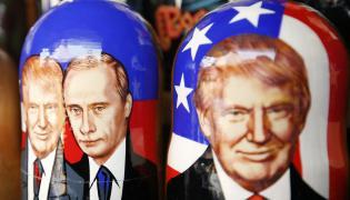 Matrioszki z Władimirem Putinem i Donaldem Trumpem