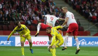 Kamil Glik strzela drugą bramkę dla reprezentacji Polski