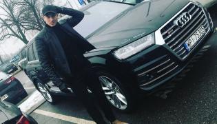 Robert Lewandowski i Audi SQ7 tuż po przylocie do Polski