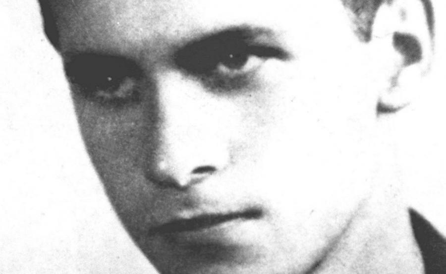 Krzysztof Kamil Baczyński (na zdjęciu archiwalnym)