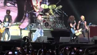 Guns N' Roses oraz Foo Fighers razem na scenie
