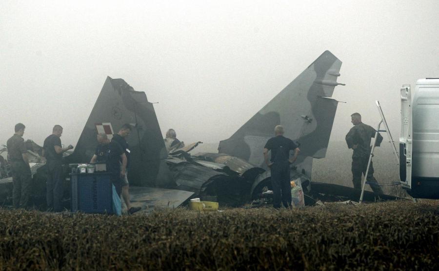 Szczątki rozbitego MiG-29 pod Pasłękiem