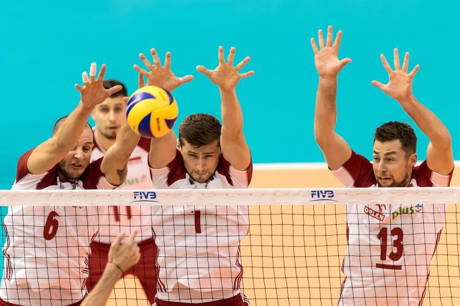 Bartosz Kurek, Fabian Drzyzga, Piotr Nowakowski i Michał Kubiak podczas meczu grupy D mistrzostw świata siatkarzy z Bułgarią