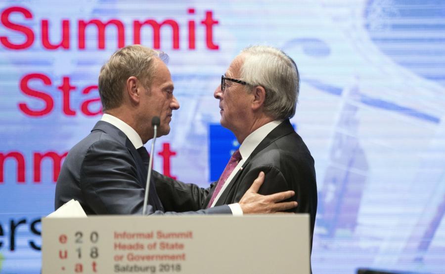 Donald Tusk i Jean-Claude Juncker w Salzburgu