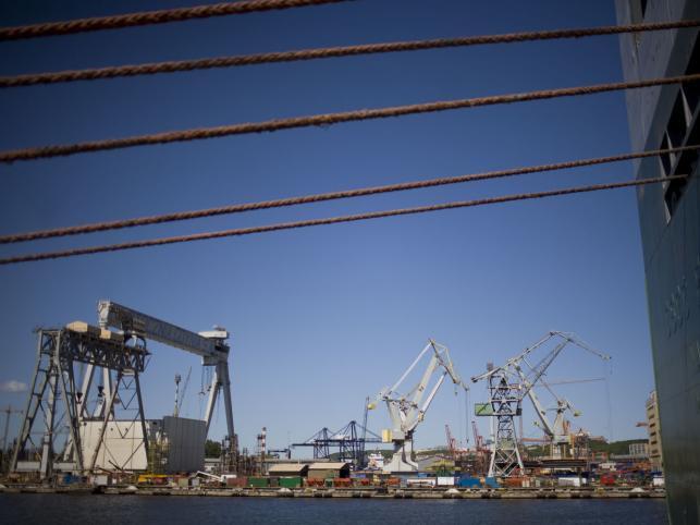 # 1959-1963 - w ramach rozbudowy stoczni powstał nowoczesny ośrodek budowy kadłubów oraz pierwszy suchy dok