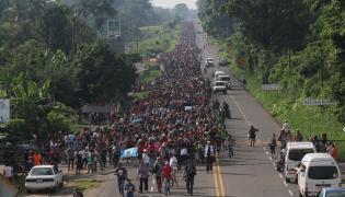 Marsz migrantów z Hondurasu