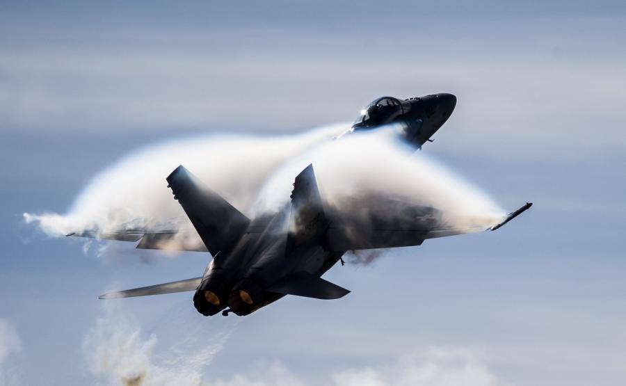 Myśliwiec F/A-18