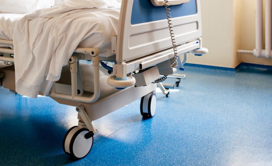 Szpital. Łóżko szpitalne
