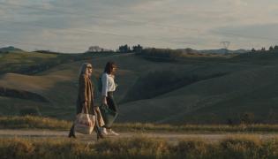 """Kadr z filmu """"Słodki koniec dnia"""""""