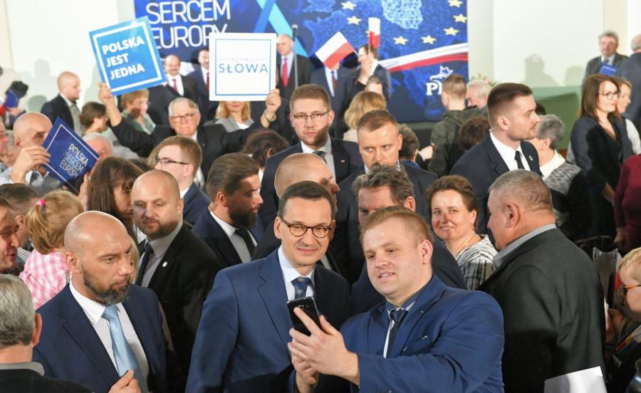 Premier Mateusz Morawiecki w Strzelinie