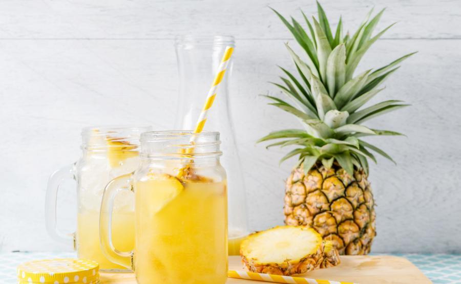 Lemoniada z ananasa