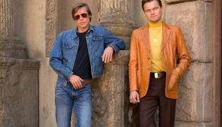 "Brad Pitt oraz Leonardo Di Caprio w filmie Quentina Tarantino ""Pewnego razu w Hollywood"""