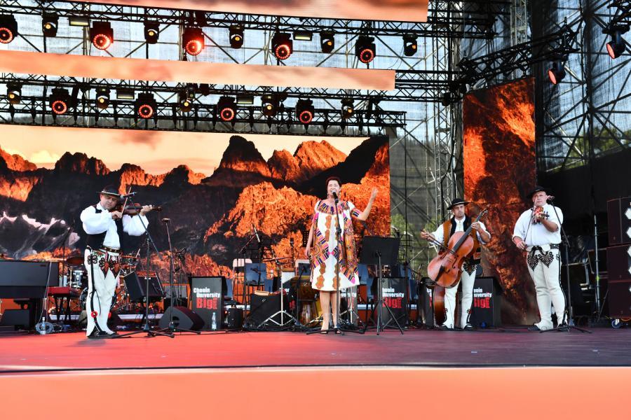 Hanka Rybka z zespołem Scena Główna (Dolna Rówień Krupowa) Lato z Radiem Festiwal 2019 Zakopane