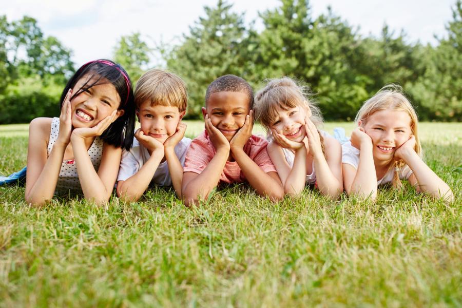 Dzieci różnych narodowości