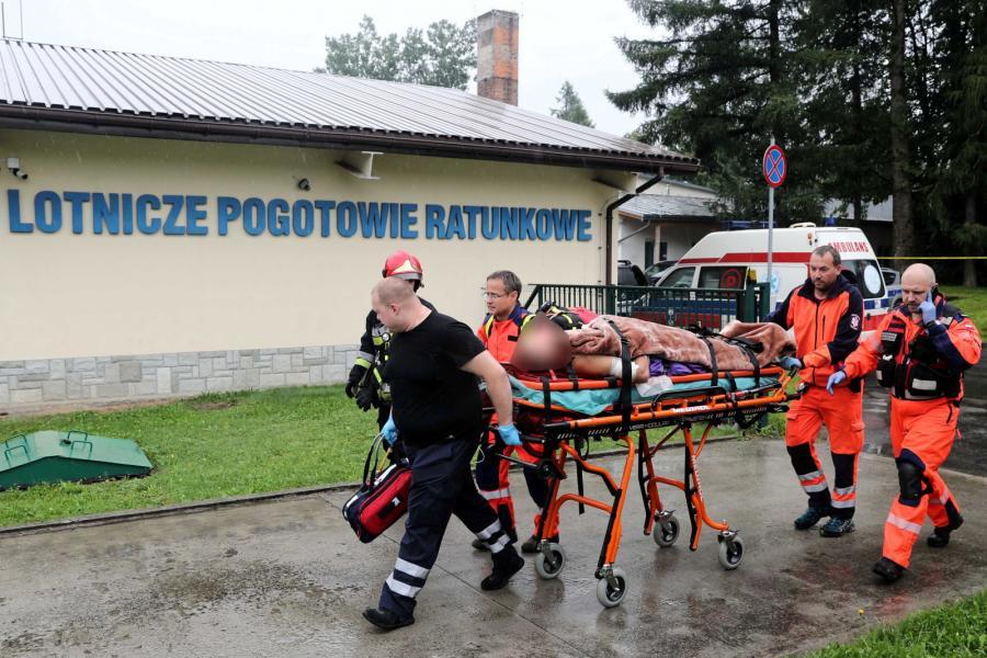 Ranni turyści transportowani do szpitala w Zakopanem
