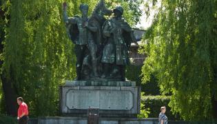 Pomnik polsko-sowieckiego braterstwa broni