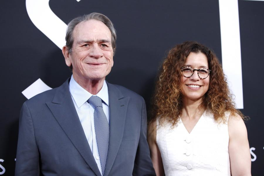 "Dawn Laurel-Jones i jej mąż, Tommy Lee Jones na premierze filmu ""Ad Astra"""