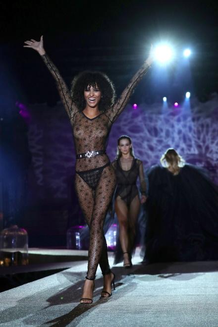 Pokaz kolekcji bielizny Etam wiosna/lato 2020 na Paris Fashion Week