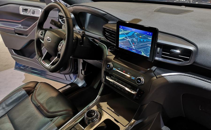 Ford Explorer Plug-In Hybrid rozpieści przestronnością, wyposażeniem i multimediami