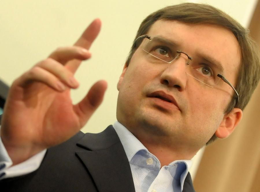 Zbigniew Ziobro chce pozwać ministra Ćwiąkalskiego do sądu