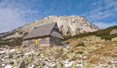 Uwaga turyści! W Tatrach szaleje halny