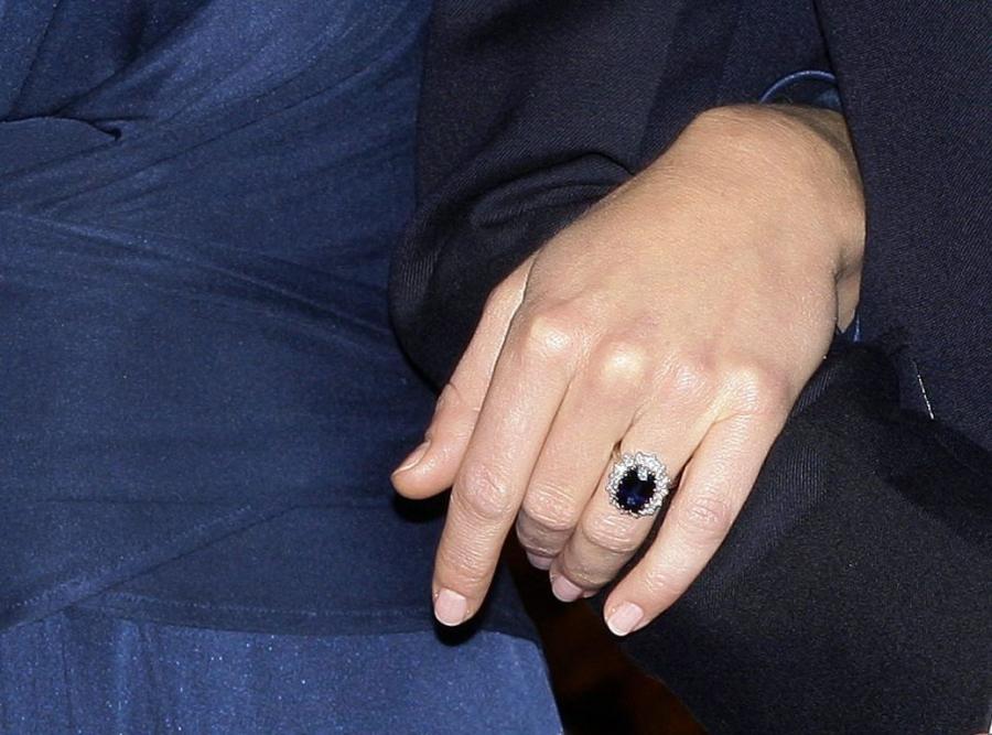 William podarował Kate pierścionek zaręczynowy matki