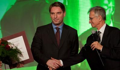 Tomasz Lis przegrał tylko z Arturem Domosławskim