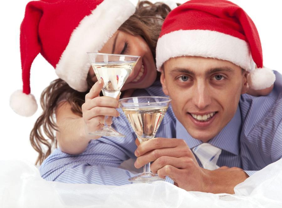 Nowy Rok Polacy powitają droższymi bąbelkami