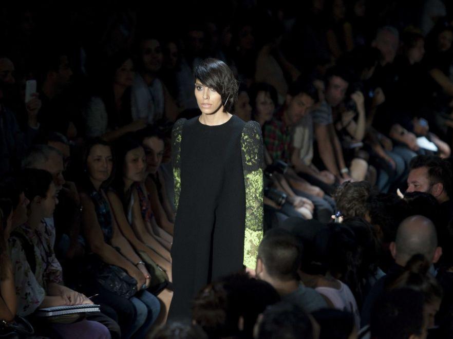 Słynna transseksualna modelka Lea T na pokazie mody w Sao Paulo