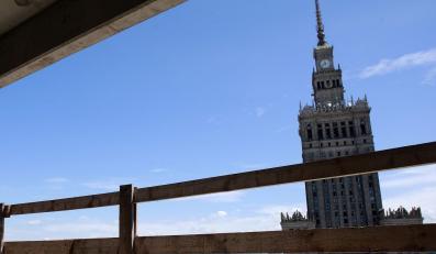Warszawa wystawia na sprzedaż cenne kąski miasta