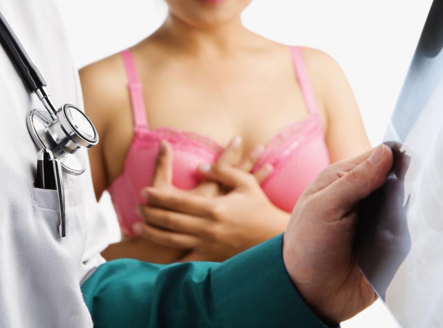 Ryzyko zachorowania na złośliwy nowotwór piersi jest wyższe u kobiet otyłych