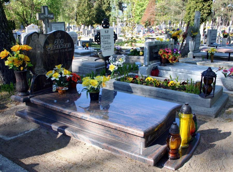 Polaków nie stać już nawet na pogrzeb