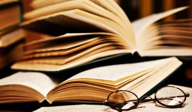 Wojna o podręczniki. Wydawcy chcą złupić rodziców