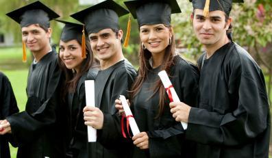 Dyplom uczelni ze sprzedawania na Allegro