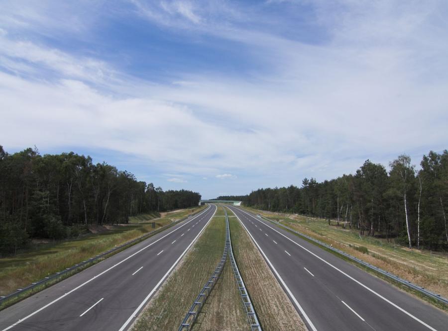 Rząd Tuska jednak dotrzymuje obietnic. I to na drogach!