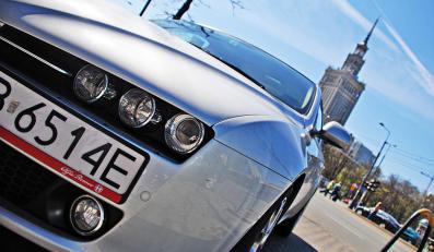 Alfa romeo 159 z nowym 200 konnym turbobenzynowym silnikiem 1750 TBi