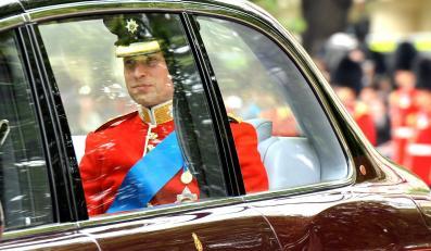 Książę William w drodze do Opactwa Westminsterskiego