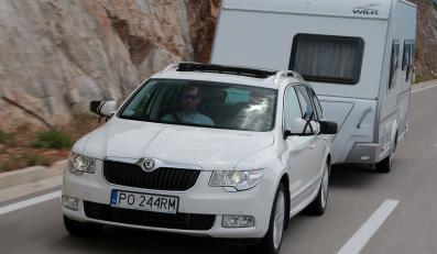 Do caravaningu najlepiej się przydają samochody z automatyczną skrzynią biegów z możliwością manualnej zmiany i silnikiem diesla