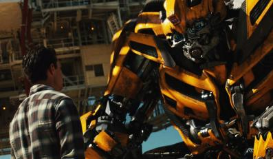 """""""Transformers 3"""" – wybuchowe kino dla fanów serii"""