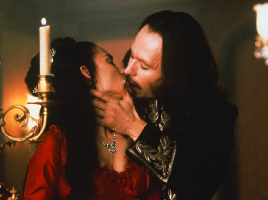 Piękny i niebezpieczny Drakula