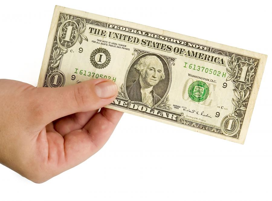 Europie zaczyna brakować dolarów
