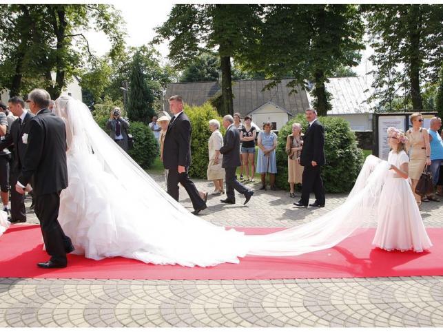 Piękna polska prezenterka wzięła ślub. Zobacz zdjęcia!