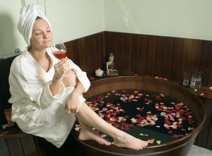 Gorące kąpiele i moc aromatu - znakomity pomysł na relaks