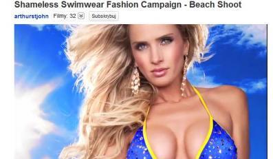 Modelki podczas plażowej sesji