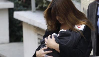 Carla Bruni z córeczką.