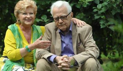 """Andrzej Łapicki i Antonina Girycz na planie """"M jak miłość"""""""