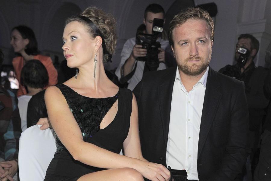 """Tamara Arciuch i Bartek Kasprzykowski. Im w zakochaniu się w sobie pomógł serial """"Halo Hans""""."""