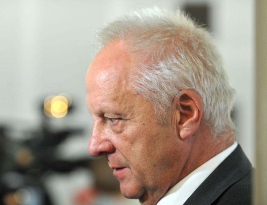 Stefan Niesiołowski. 68-letni poseł z PO celuje w nazywaniu politycznycvh przeciwników idiotami, szaleńcami czy ludźmi chorymi z nienawiści