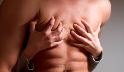 Mężczyźni najchętniej decydują się na ginekomastię, czyli redukcję męskich piersi