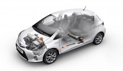 Toyota yaris z napędem hybrydowym